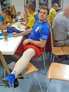 Niklas Senger nach der Kreuzband -OP